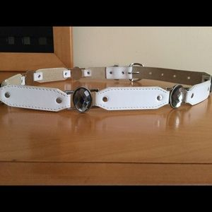 Cache white leather with stone details belt.